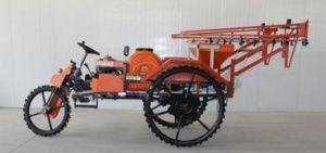 Boom Sprayer Spraying Machine Track 1000liter 1500liter 2000liter Sprayer Plant Protection Tractor Spraying Large-Scale Sprayer Track Wheel Work Spraying pictures & photos