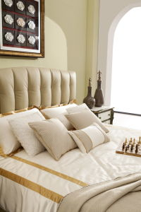 Foshan Home Furniture Wooden Frame King Size Soft Leather Bed pictures & photos