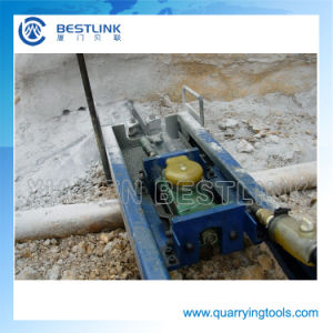 Quarrying Rock Mobile Vertical Line Drilling Machines pictures & photos