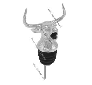 Factory Whole Sell Bull Head Wine Pourer, Newly Design Wine Pourer pictures & photos