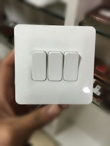 2015 New Design 3 Gang 1 Way Wall Switch pictures & photos