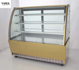Curve Glass Cake Showcase Cooler for Display Cake or Snack in Bakery Shop pictures & photos