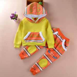 Kids′ Winter Clothing Two Piece Suit Christmas Clothing Kd5224 pictures & photos