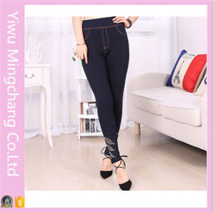 Hot Sale High Waist Women Plus Size Slimming Jeggings with Zipper and Diamond pictures & photos