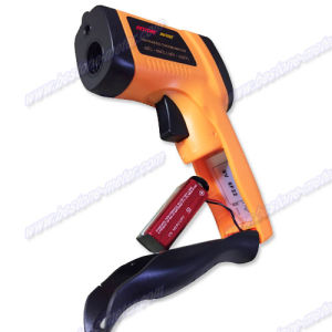 Digital Non-Contact High Temperature Infrared Thermometer Be550e pictures & photos