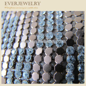 3mm Aluminum Base Crystal Rhinestone Mesh Trimming pictures & photos