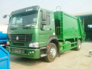 HOWO Rear Loading 12-18m3 Compression Garbage Truck for Refuse Collection pictures & photos