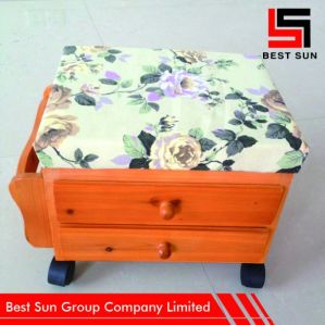 Furniture Ottoman Storage Mobile, Multipurpose Wood Foot Stool pictures & photos