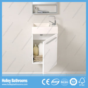 High Gloss Finished Modern Style Bathroom Sanitary Ware (BF363D) pictures & photos