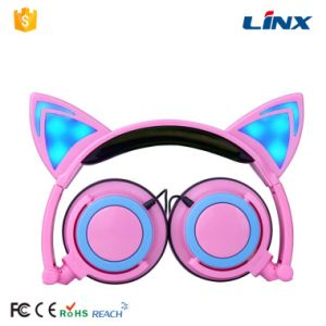 Best Sale New Design Retail Gift Cat Ear Headphone pictures & photos