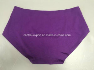 Plain Lady Seamless Panty Women Non-Trace Underwear pictures & photos