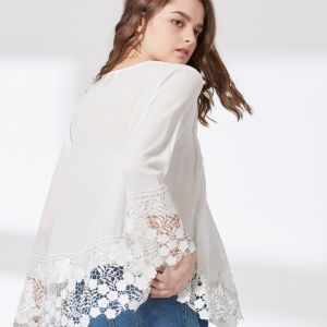 Ladies Fashion Chiffon Lace and Pleated Preppy Blouse pictures & photos