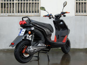 Zm-Es30A Electric Scooter pictures & photos