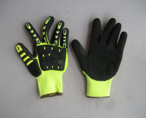 Fluorescent TPR Glove for Petrol Industry with Nitrile Palm pictures & photos