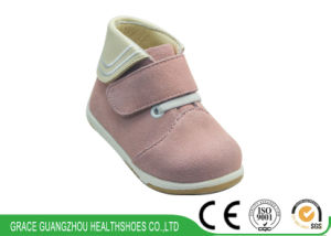 Two Colors Orthopedic Shoes Baby Shoes Infant Shoes pictures & photos