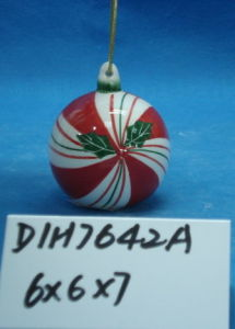 Christmas Tree Decorative Round Ceramic Ball pictures & photos