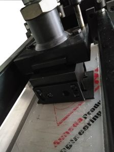 Automatic Finger Punching Machine pictures & photos