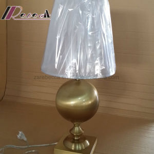 E27 Antique Copper Iron Round Table Lamp for Hospitality pictures & photos