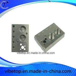 China Manufacturer Provide Custom-Made High Quality OEM Metal Hardware pictures & photos
