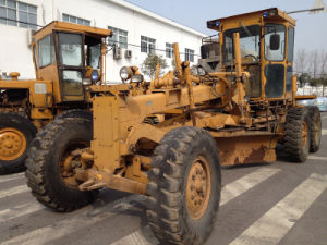 Used Komatsu Gd505 Motor Grader for Sale pictures & photos