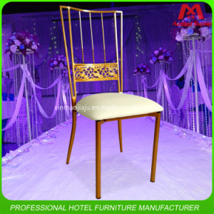 Promotional Cheap Price Stacking Metal Gold Tiffany Chiavari Chair pictures & photos