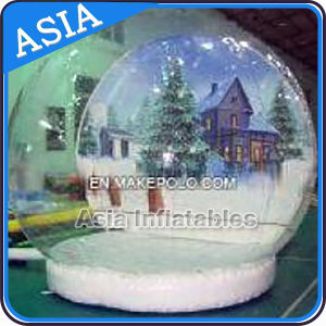 Inflatable Christmas Snow Globe for Taking Photos pictures & photos