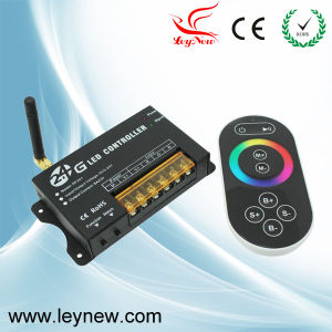 2013 New Products Popular Design 2.4G Full-Color Controller