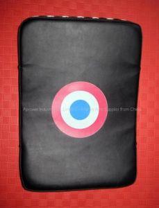 Big Curved Kick Shield (927014)