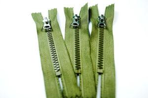 Plastic Zipper (HVV0132)