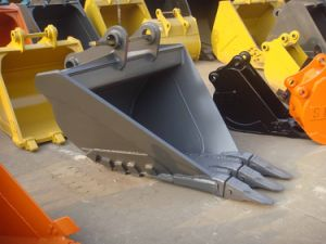 PC200 V Drain Bucket/Trapezoidal Bucket/Ditching Bucket pictures & photos
