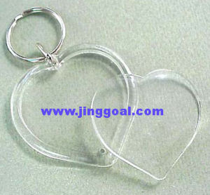 Heart Shaped Acrylic Photo Keychain pictures & photos