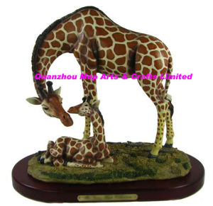 Polyresin Calf and Male Giraffe Figurine pictures & photos