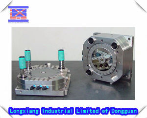 Plastic Injection Machine/ Tool pictures & photos