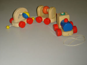 Wooden Toys - Train with Bead (ZYYB-0302)
