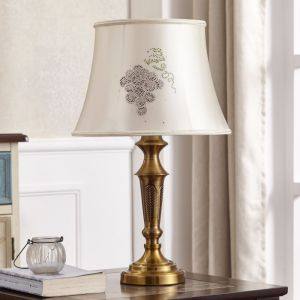 Metal Gold Hotel Bedside Standing Light Table Lamp pictures & photos