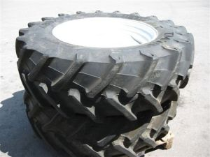 Agricultrual Radial Tyre 320/85R28 (12.4R28) pictures & photos