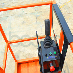Mini Scissor Lift Table for One People - 4m pictures & photos