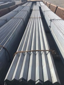 Ss400/Q235/A36 Hot Rolled Mild Steel Angle Bar From China pictures & photos