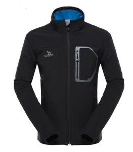 Waterproof Windproof Fashion Men′s Softshell Jacket pictures & photos