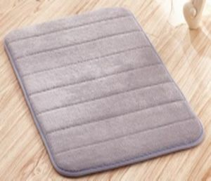 Bath Mats, Non-Slip with Superior Quality and High Absorvency pictures & photos