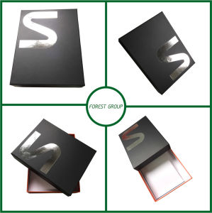 Customer Logo Paper Gift Box pictures & photos