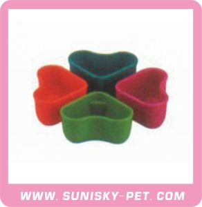 Plastic Feeder for Pets (SC14) pictures & photos