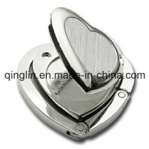 Novel Design Heart Shape Folding Purse Hanger with Mirror (QL-GBQ-0033) pictures & photos