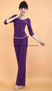 Fashion Yoga Clothes Sport Middle Sleeve+Trousers Women Wear pictures & photos