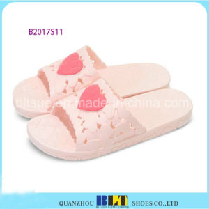Colourful Loving Heart Upper Women Slippers pictures & photos