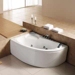 Sanitary Ware Acrylic Freestanding Jacuzzi Bathtub (M-8104) pictures & photos