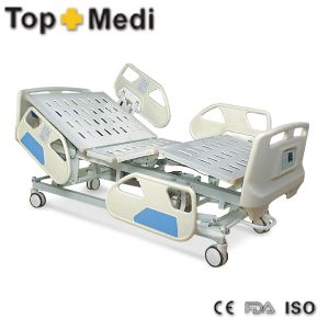 Topmedi Medical Pedal Control System Electric Steel Hospital Bed pictures & photos