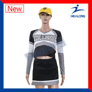 Healong Hot Sale Sportswear Digitally Printing Wholesale Cheerleading Uniform with Skirt pictures & photos