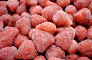 Frozen Strawberry (frozen fruit IQF fruit) IQF Strawberry
