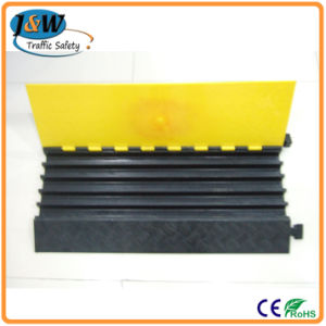 5 Channle Yelow and Black Rubber Cable Protectors pictures & photos